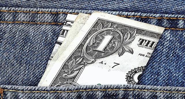 15/11/2015 – La pregunta de todos: ¿Cuánto sale un dólar?